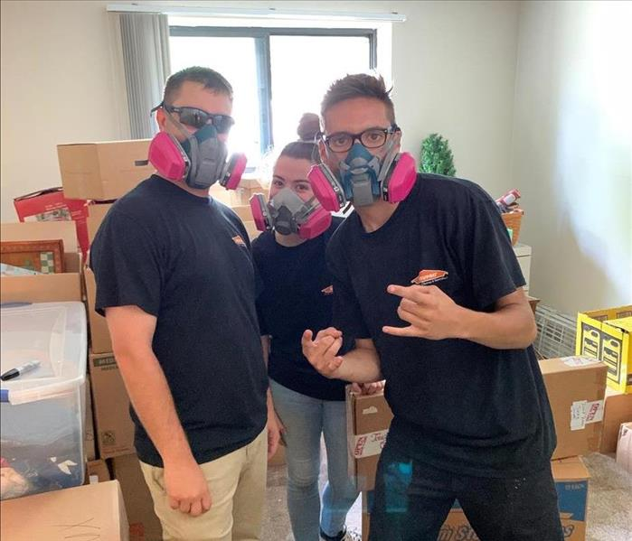 SERVPRO of Southern Cuyahoga County crew in respirators